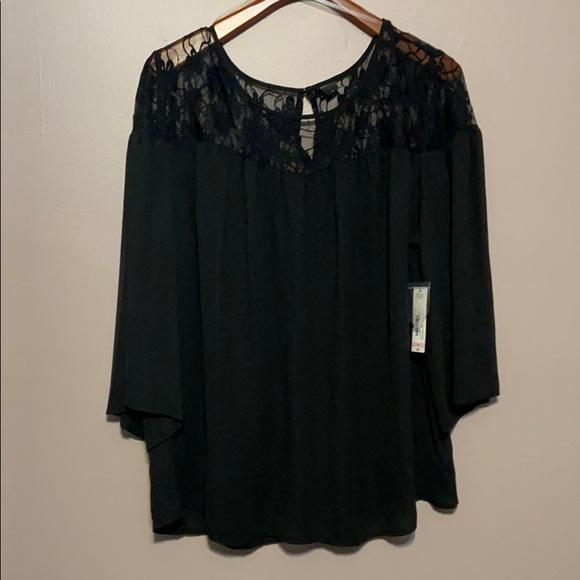 Black lace blouses 🌹